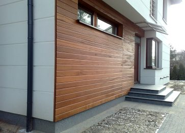 Budowa domu droższa z frankiem